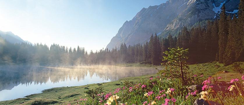 Austria_Austrian-Tyrol_Seefeld_Lake-view.jpg